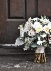 50 оттенков серого: свадебные букеты в графитовых, пепельных и серебристых тонах